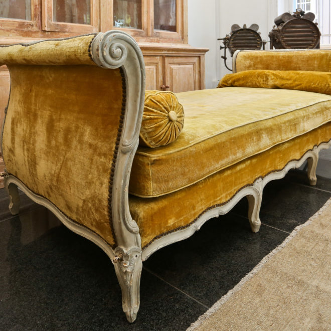 Day Bed 8
