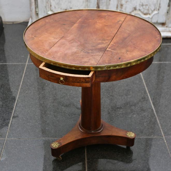 Gueridon Table 1