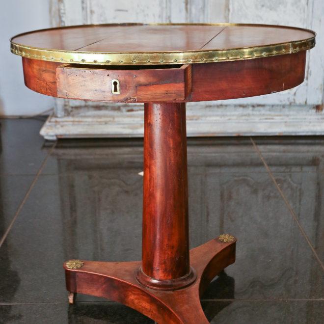 Gueridon Table 3