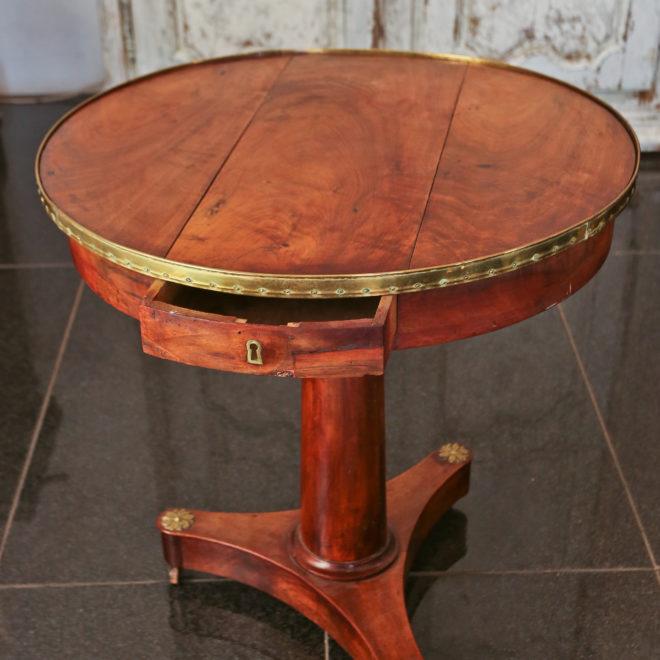 Gueridon Table 4