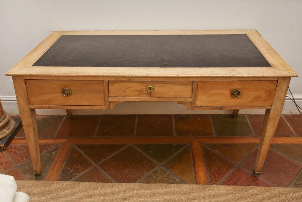 19thC Desk 2