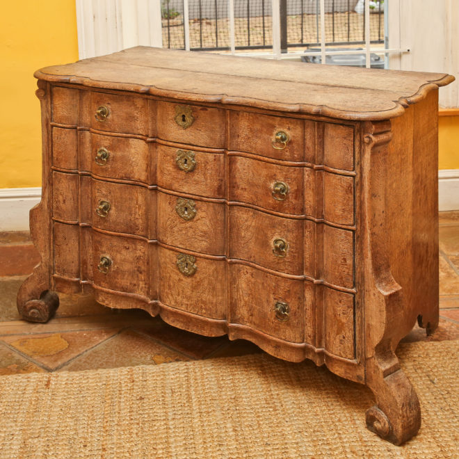 Oak chest of drawers 5